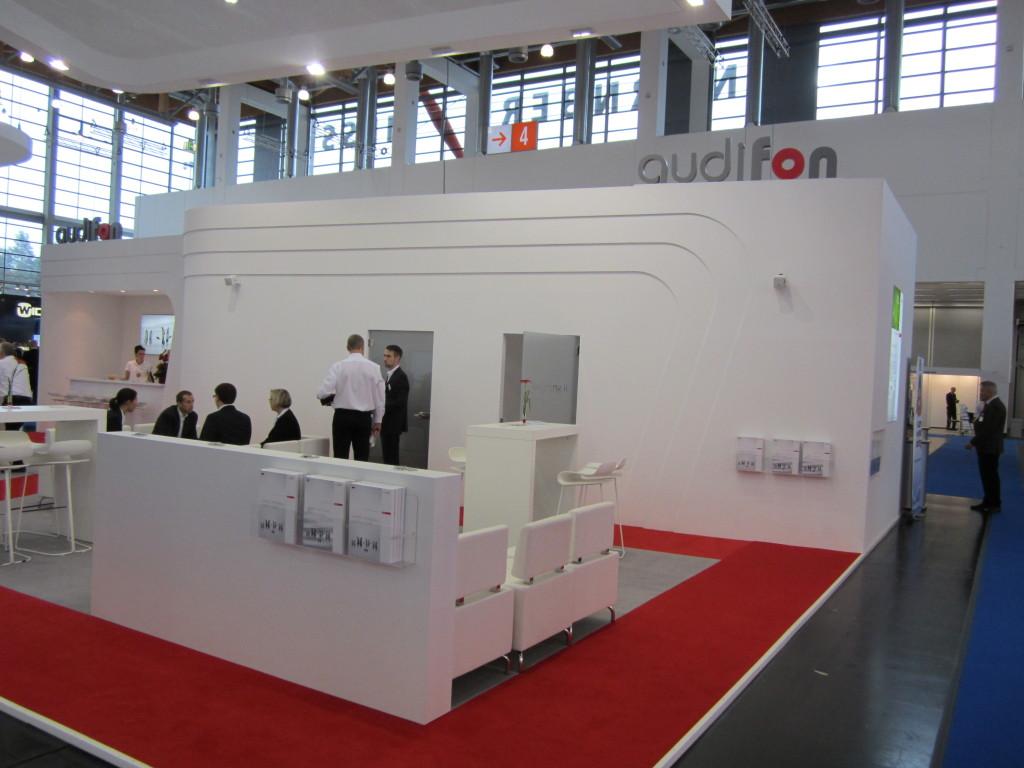 Am Stand von Audifon wurden audift 5, libra und XS miniHdO präsentiert.
