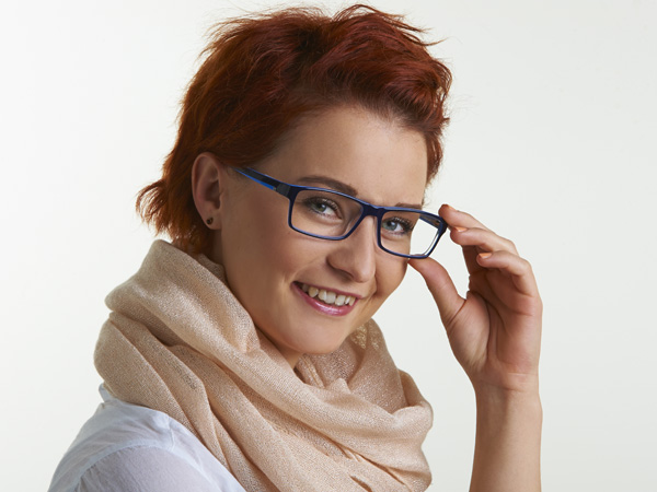pan Hörsystem mit modischer Kunststoffbrille