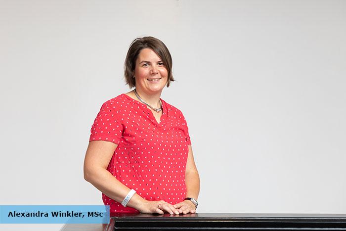 """In Ihrem Vortrag """"Qualitätskriterien für Sprachtestverfahren"""" gab Alexandra Winkler, MScvon derJade Hochschule, Institut für Hörtechnik und Audiologie, einen Einblick in ihre Forschungsarbeit."""