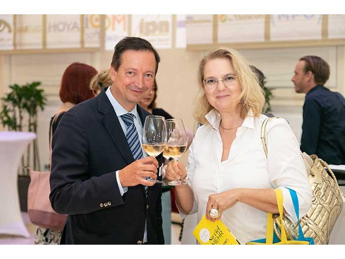 OHI-UPDATE-2019-05-SILMO-Weinverkostung-Gewinnspiel-17-Belyus-Gabriela-Giarolli